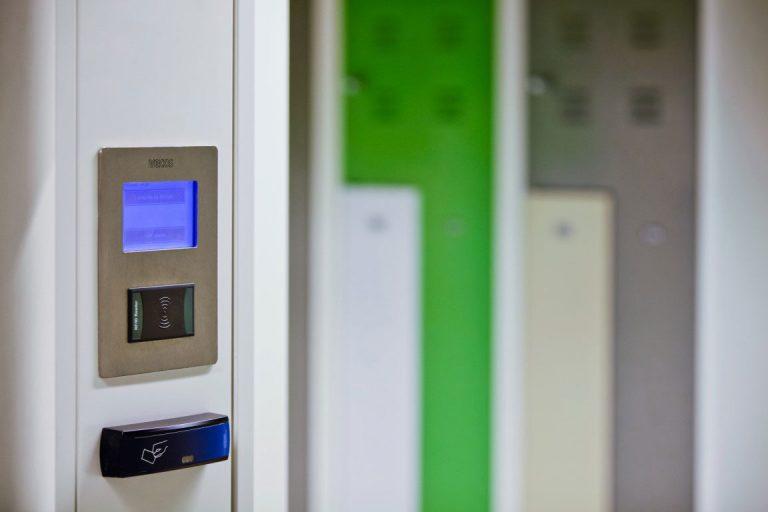 Simplicity Advanced Locker Access