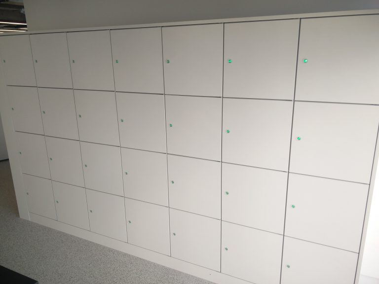 Keyless Lockers for Retail Workers